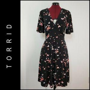 Torrid Woman Career Formal Short Sleeve Dress Sz 0
